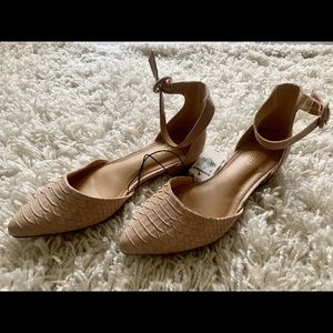 Suede, light pink faux snake skin flats w/straps